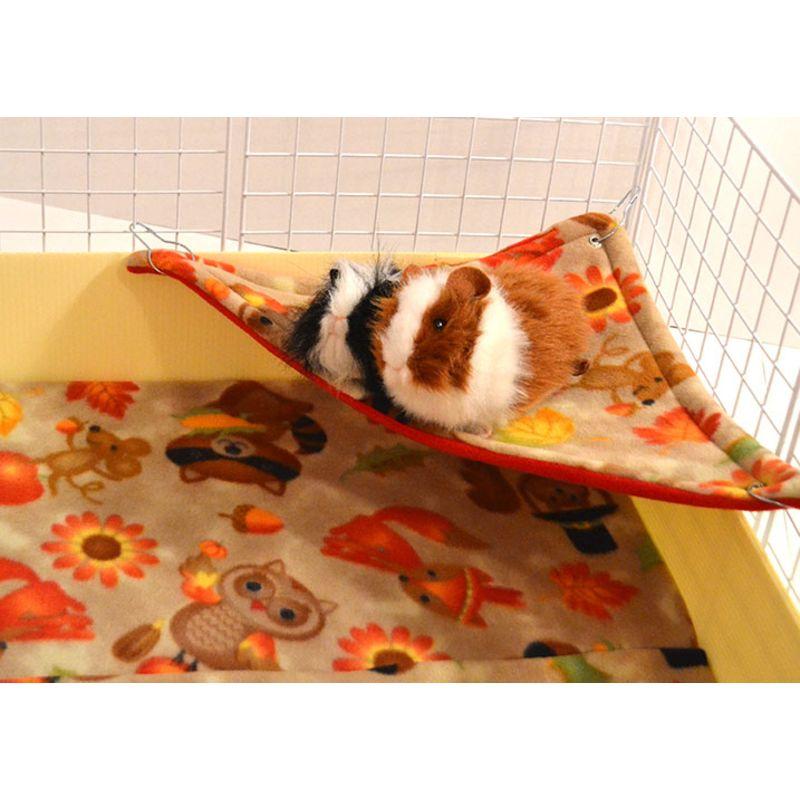 Corner hammocks in fleece for guinea pigs reversible in for Diy guinea pig things