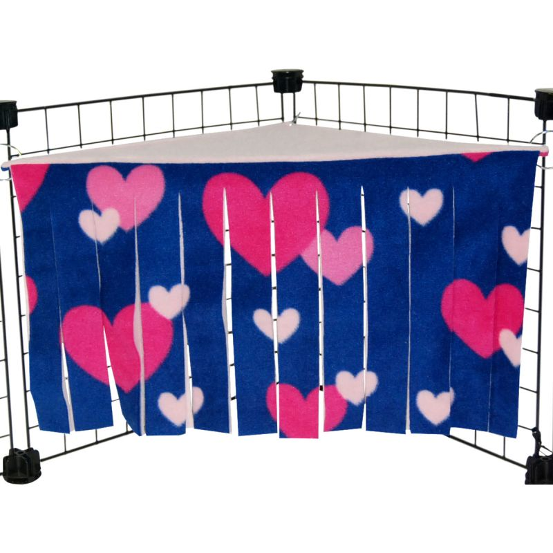 Corner Curtain for guinea pigs in heart showers